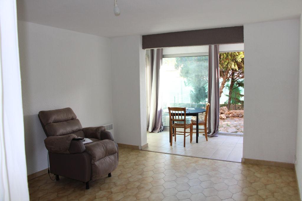 Vente appartement T3 Sanary sur Mer Au calme avec jardinet privatif