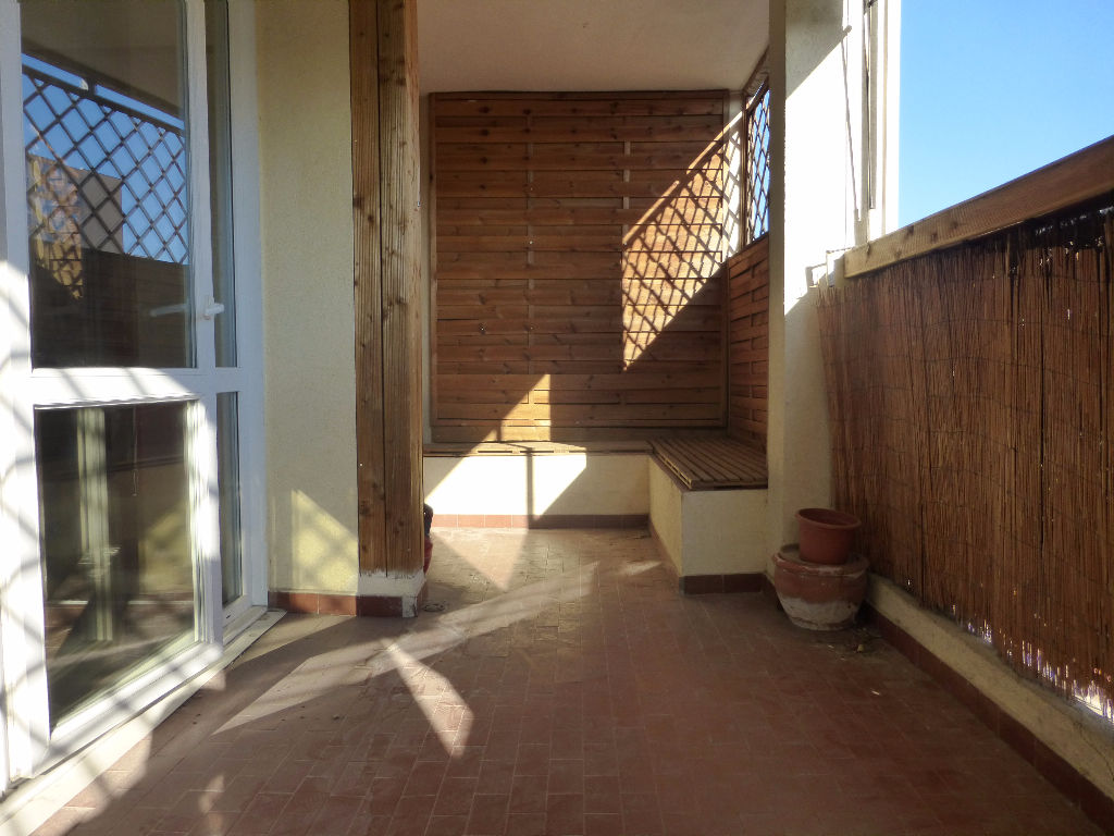vente appartement T3 rénové avec terrasse La Valette du Var