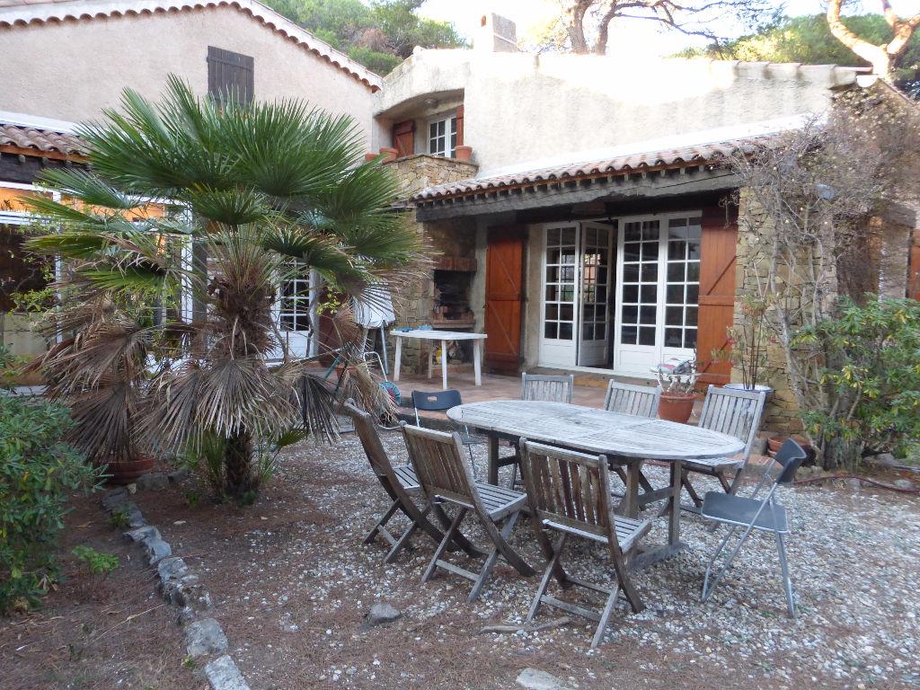 vente maison T6 Hyères proche plages et port