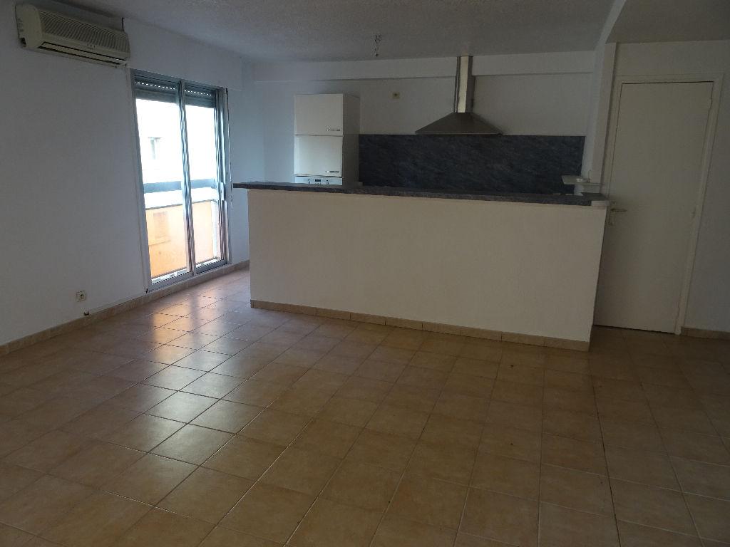 vente appartement T4 Toulon ouest au calme