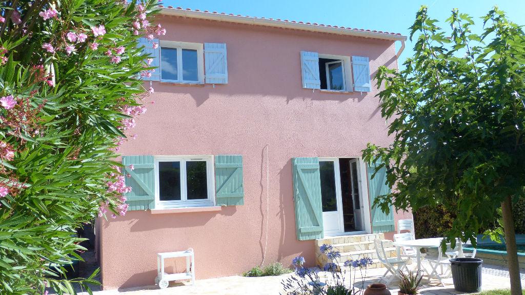 vente maison LE Beausset T4 au centre et au calme