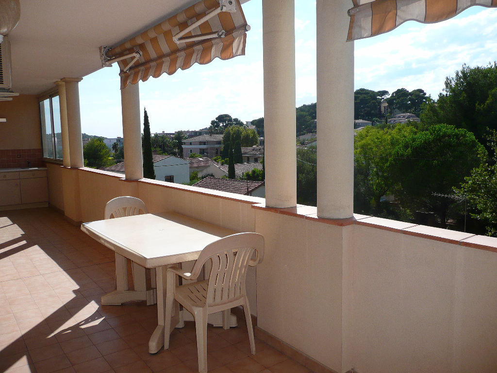 Vente appartement T4 Sanary sur Mer terrasse sans vis-à-vis