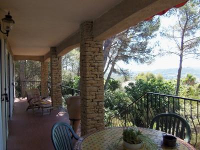 VENTE MAISON LA CADIERE T8 en 2 appartements - Beau terrain piscine et vue mer