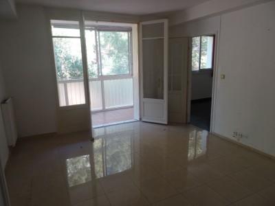 Appartement en bon état T4 Toulon ouest - - Avec cave et parking