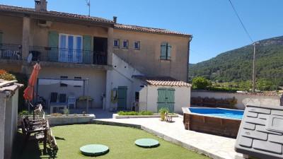 Spacieux appartement duplex T4 à Signes 83870 Var -  Visite en 3D - Jardin et piscine