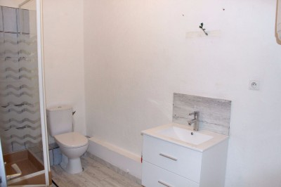 Vente appartement T2 Sainte Anne d'Evenos proche commodités